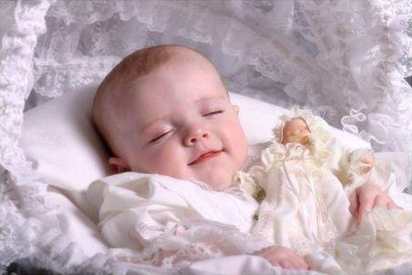 cute-baby-girl-sleeping